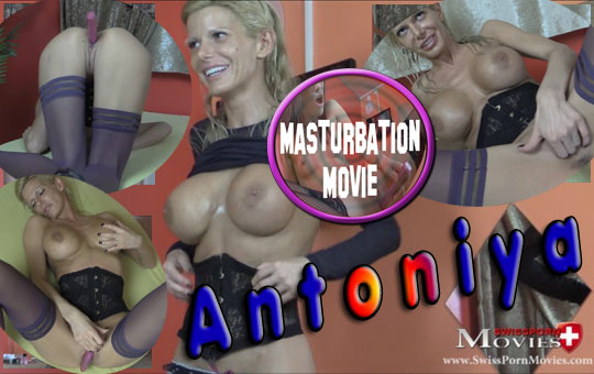 Masturbation 01 at porn casting with Antoniya