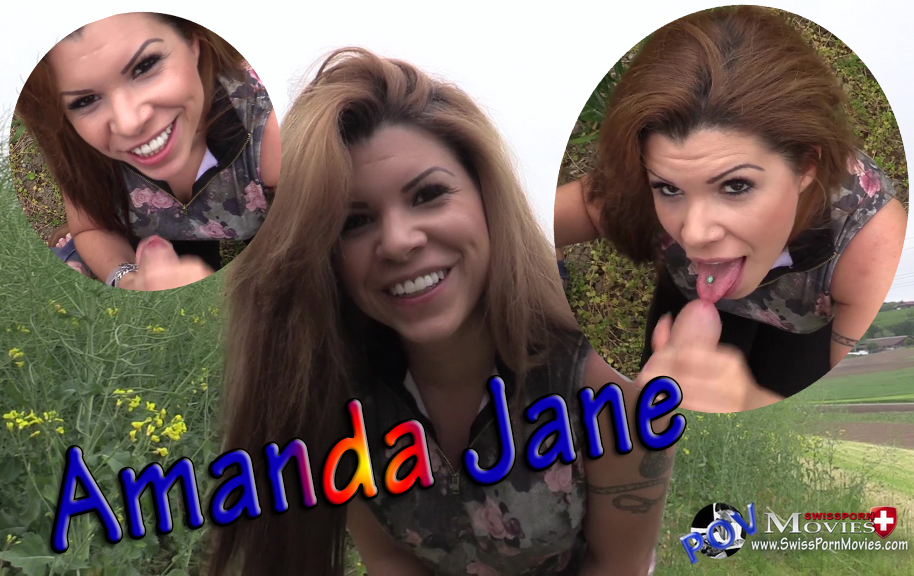 Blowjob in the field with porn star Amanda Jane